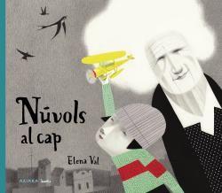 NÚVOLS AL CAP
